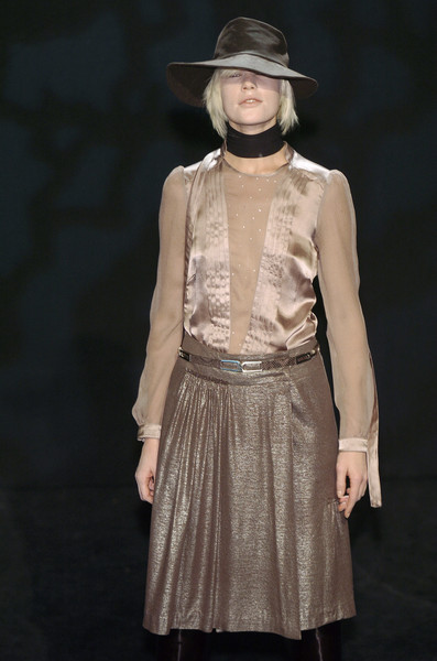 Veronique Branquinho at Paris Fall 2004