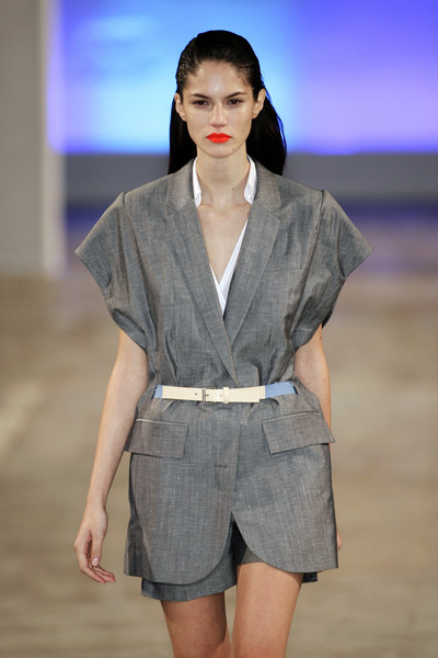 Veronique Branquinho at Paris Spring 2009