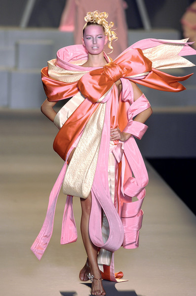Viktor & Rolf at Paris Spring 2005