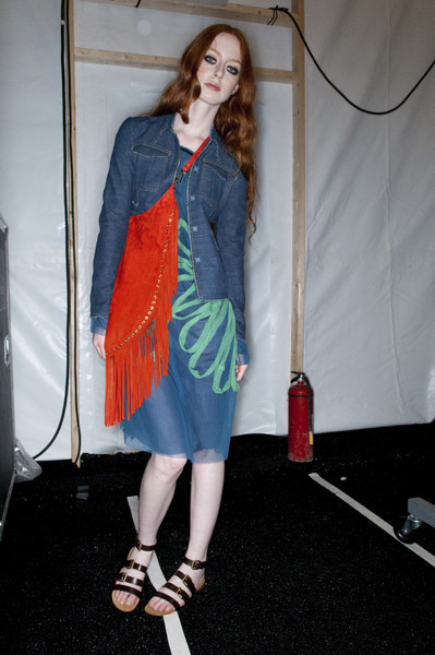 Vivienne Tam at New York Spring 2010 (Backstage)