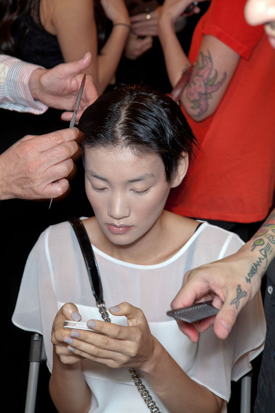 Vivienne Tam at New York Spring 2013 (Backstage)