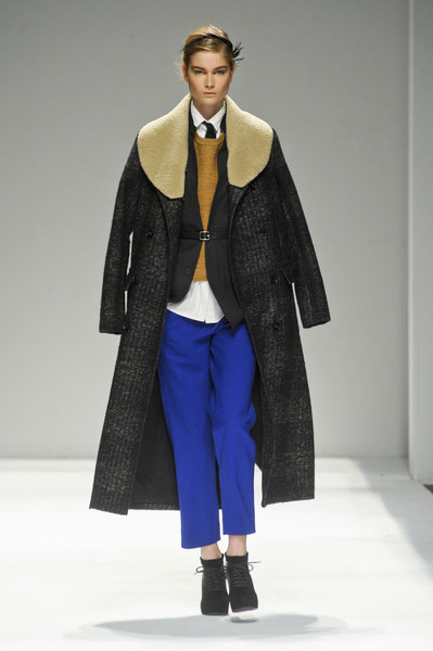 Yigal Azrouël at New York Fall 2011