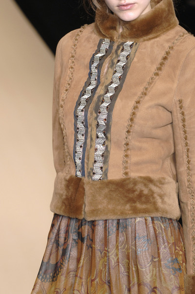 Yuki Torii at Paris Fall 2006 (Details)