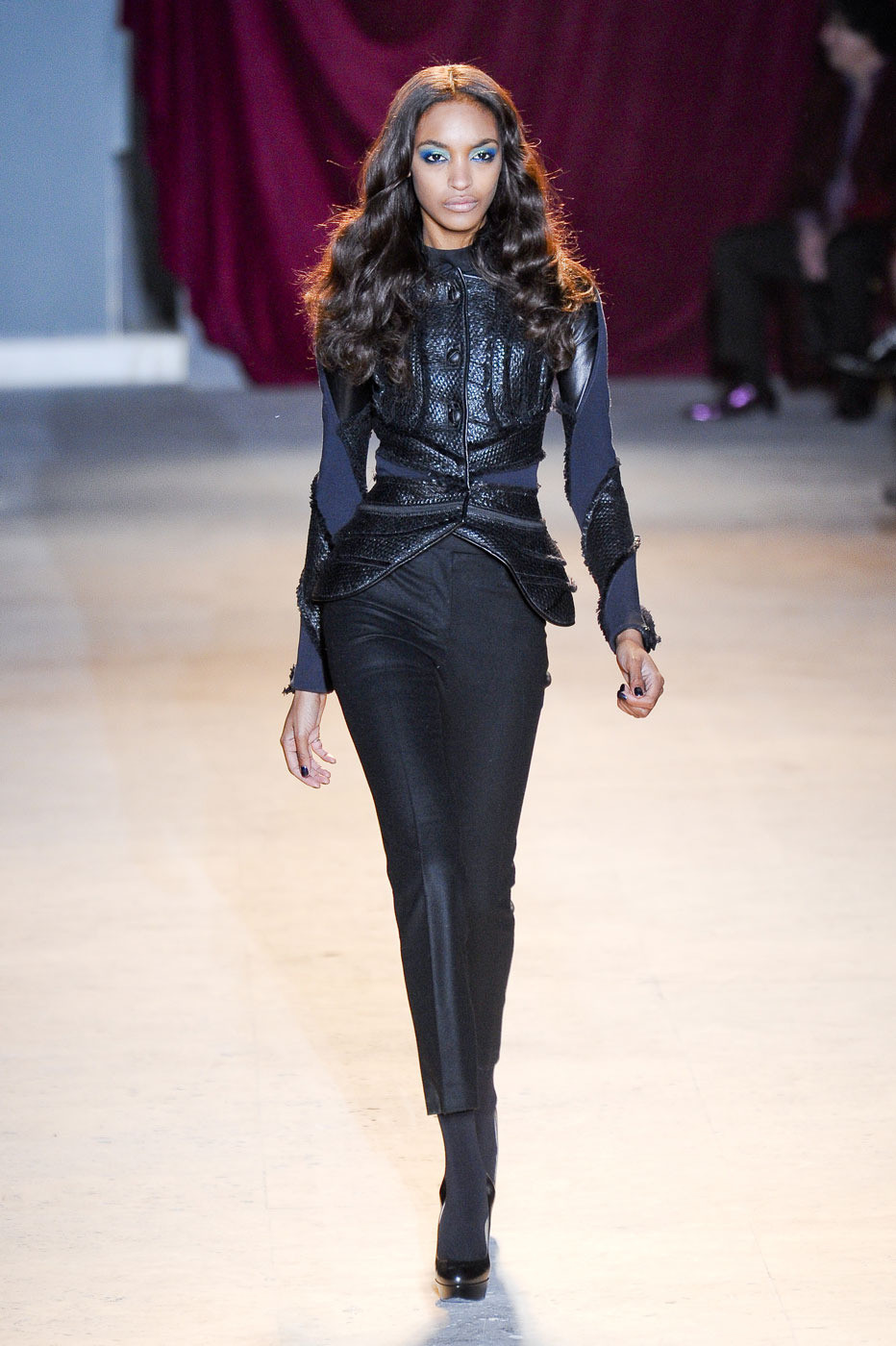 Zac Posen Fall 2011 Runway Pictures