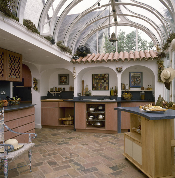 A Taste Of Mediterranean Kitchens Cool Kitchens Lonny