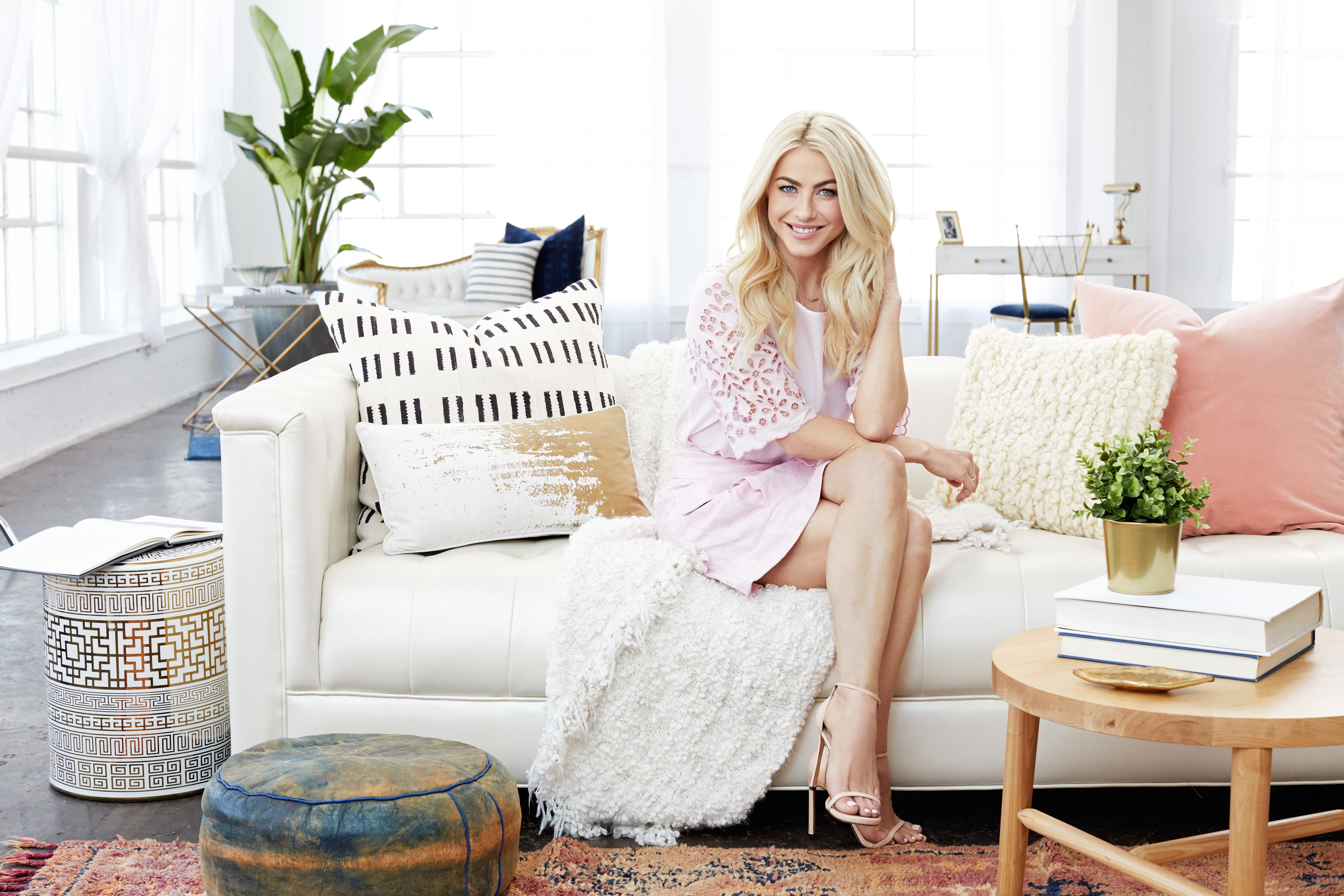 Inspiring Women: Julianne Hough Gets Candid About Living With Endometriosis
