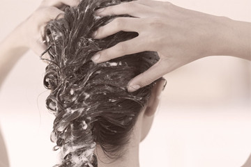 Tuesday Tip: Preventing Greasy Strands Starts in the Shower