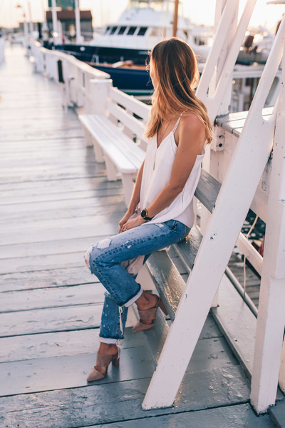86370657e1b4 Breezy Tank and Heels - First Date Outfits and Ideas - Livingly