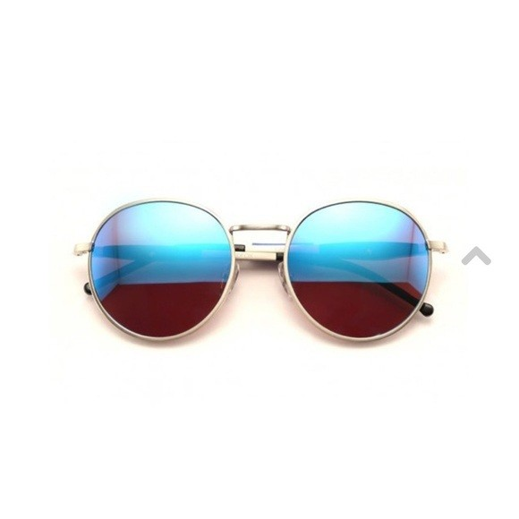 WILDFOX Dakota Sunnies