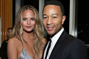 Chrissy Teigen is No Longer a Blonde!