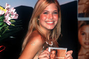 The Only Celebrity Throwback Pics You Need To See