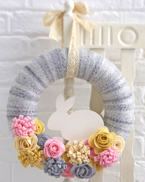 Felt a sweet wreath