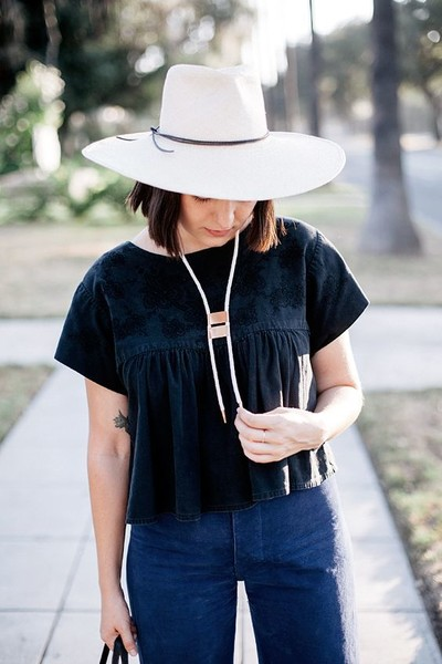 Glam Up An Outfit With Hats