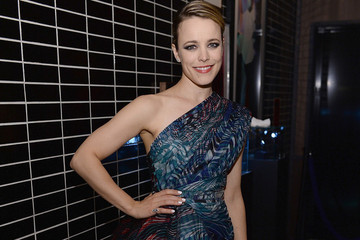 Rachel McAdams' Gorgeous Red-Carpet Dress