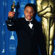 1997: Cuba Gooding Jr. Screams Acceptance Speech Over Orchestra