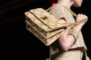 Milan's Fall Runway Purses Are Too Pretty Not to Pin