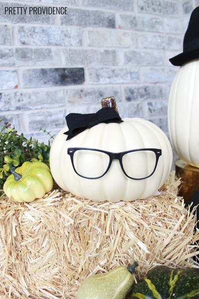 Hipster Glasses Pumpkin