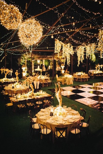 Old World Elegance The Most Creative Themed Wedding Ideas Livingly