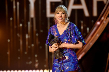 Taylor Swift Just Donated $113K To LGBTQ Advocacy