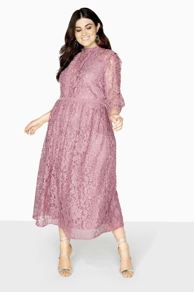 Long-Sleeve Plus Size Dresses We Need This Season