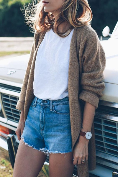 e817d99918f Throw On A Cuddly Cardi - Summer Roadtrip Outfit Ideas To Try - Livingly