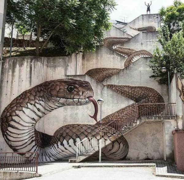 Serpent Stairs