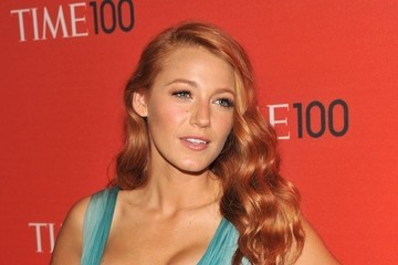 Blake Lively Debuts Red Hair, Has Ariel Moment