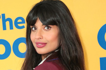 Jameela Jamil's Body-Positive Campaign Showed Me Social Media Can, In Fact, Be A Good Place
