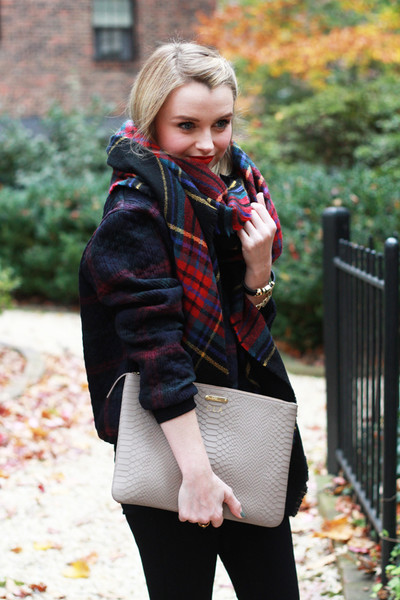 Cozy Plaid Pieces
