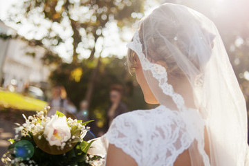 I Didn't Wear Makeup For My Wedding — Here's Why