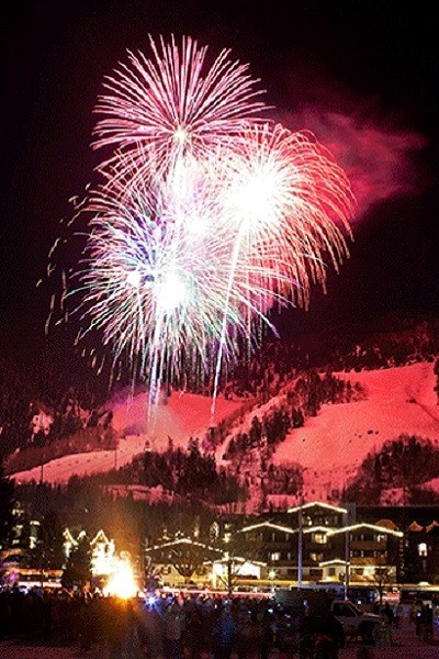 """Holiday Cheer In """"12 Days Of Aspen"""""""