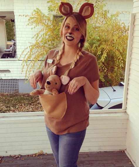 Easy Maternity Halloween Costumes to Dress Up Your Bump
