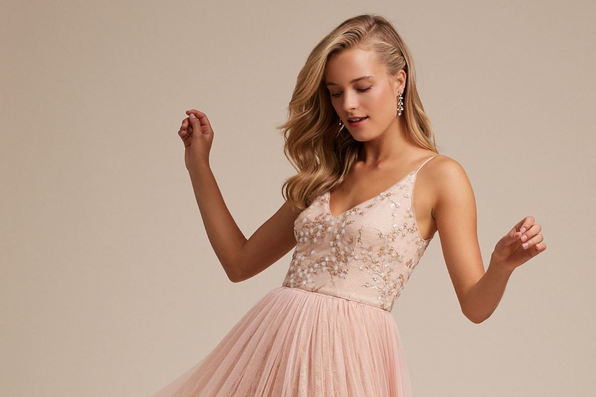 c6609088fd2 Blush Bridesmaid Dresses That Are Perfect For The Big Day - Best in ...
