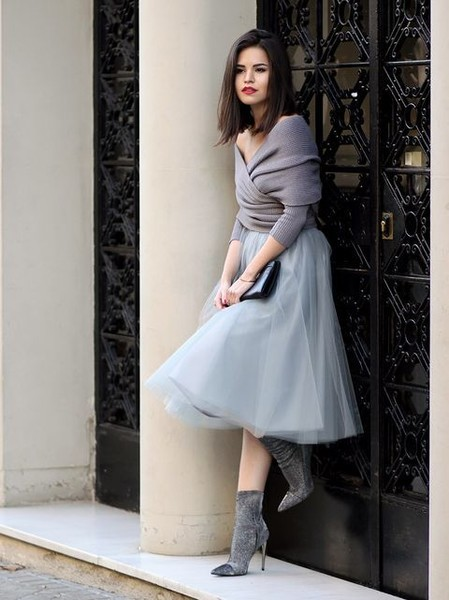49c30ec57e Tulle Skirt and a Shrug - Stylish Outfit Ideas for a Winter Wedding ...