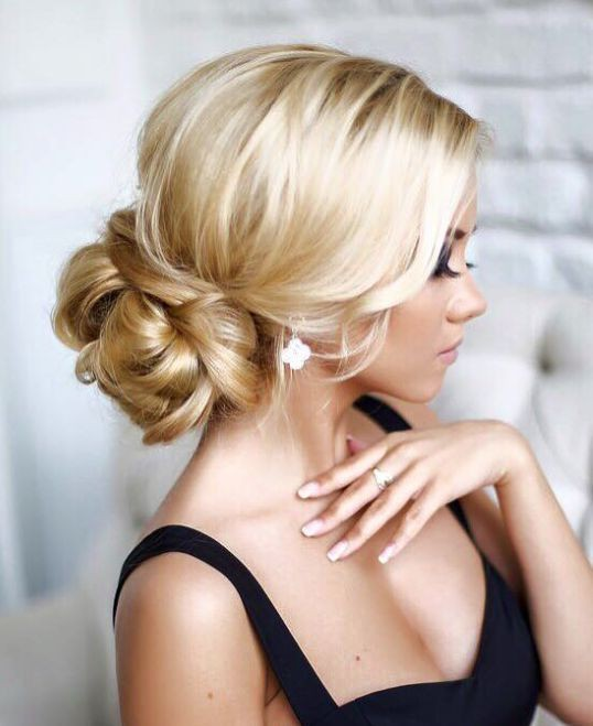 Utterly chic vintage wedding hairstyles livingly 30 most pinned beautiful bridal updos junglespirit Image collections