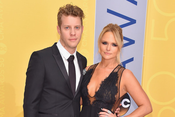 The Cutest Couples at the 2016 CMA Awards