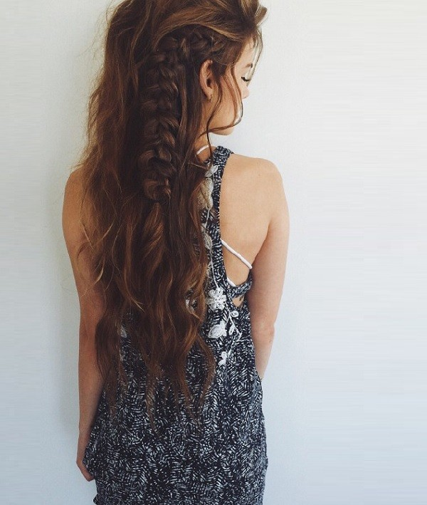 Here's a different approach to a side braid... just a bit of French braiding an voila!  Pinned from