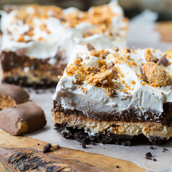 Butterfinger Chocolate and Peanut Butter Lasagna