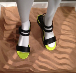 Neon Platforms - BEHOLD - Forever 21's