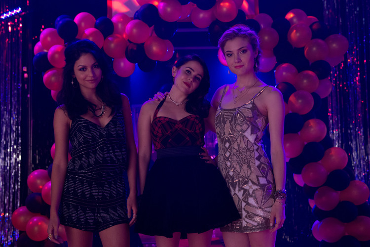 6 Reasons the Gals from 'The DUFF' Would Make Great BFFs
