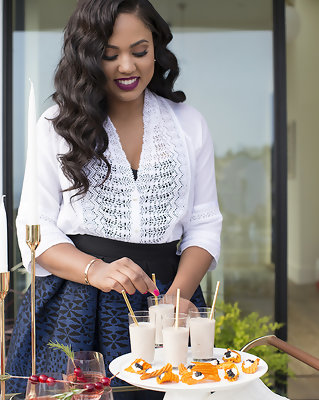 Ayesha Curry Gives Us Her Tips for Throwing a Fantastic Holiday Cocktail Party