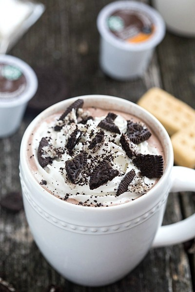 Cookies 'N Cream Hot Chocolate