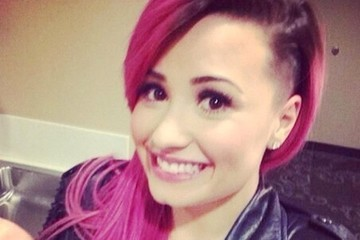 Demi Lovato Shaves Part Of Her Hair, Come See The Transformation
