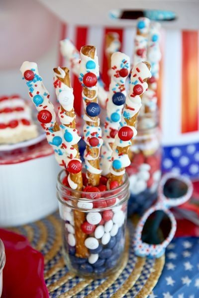 Patriotic Pretzel Sticks
