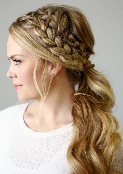 26 Ways To Spice Up Your Boring Ponytail