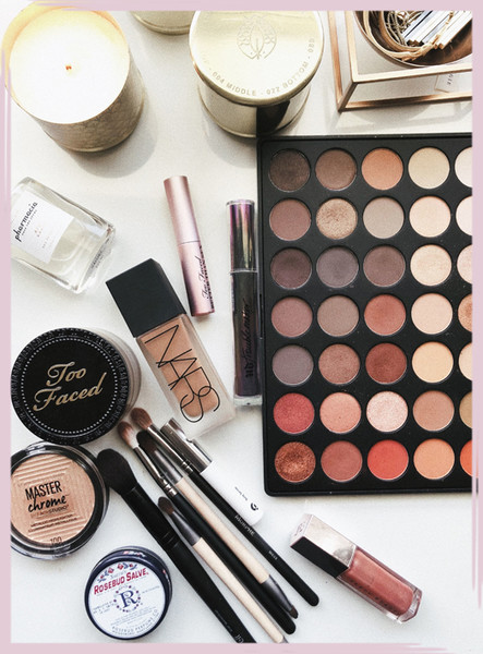 Makeup Organization Tips That'll Clear Up Your Counter In A Flash