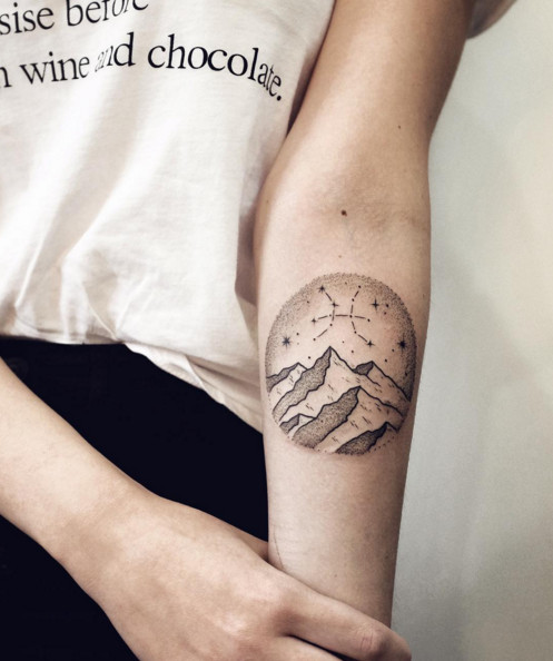 Gorgeous Zodiac Tattoos For The Astrology-Obsessed