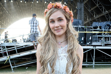 Clare Bowen Cut Off Her Hair for the Most Beautiful Reason