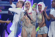 Cher Proves 71 Is the New 31 with Performances of 'Believe,' 'If I Could Turn Back Time' at 2017 BBMAs