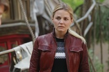 Here's Why Emma Should Die on 'Once Upon a Time'